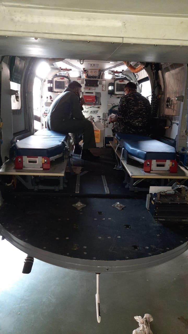 हेलिकॉप्टर में ये इक्विपमेंट 2 से 3 घंटे में ही लगाए जा सकते हैं।