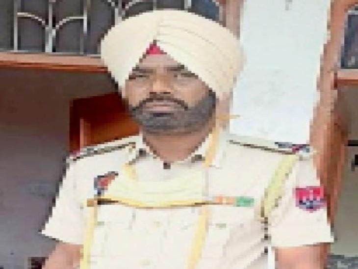 किसान को हनी ट्रैप गैंग की लड़की भेज पुलिस ने की फर्जी रेड, एएसआई समेत 4 गिरफ्तार|जालंधर,Jalandhar - Dainik Bhaskar