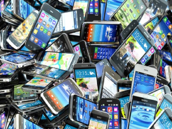 कोरोना काल के बावजूद अंतरराष्ट्रीय लेवल पर जमकर बिके मोबाइल, 138 करोड़ यूनिट शिपमेंट के साथ सबसे अव्वल|टेक & ऑटो,Tech & Auto - Dainik Bhaskar