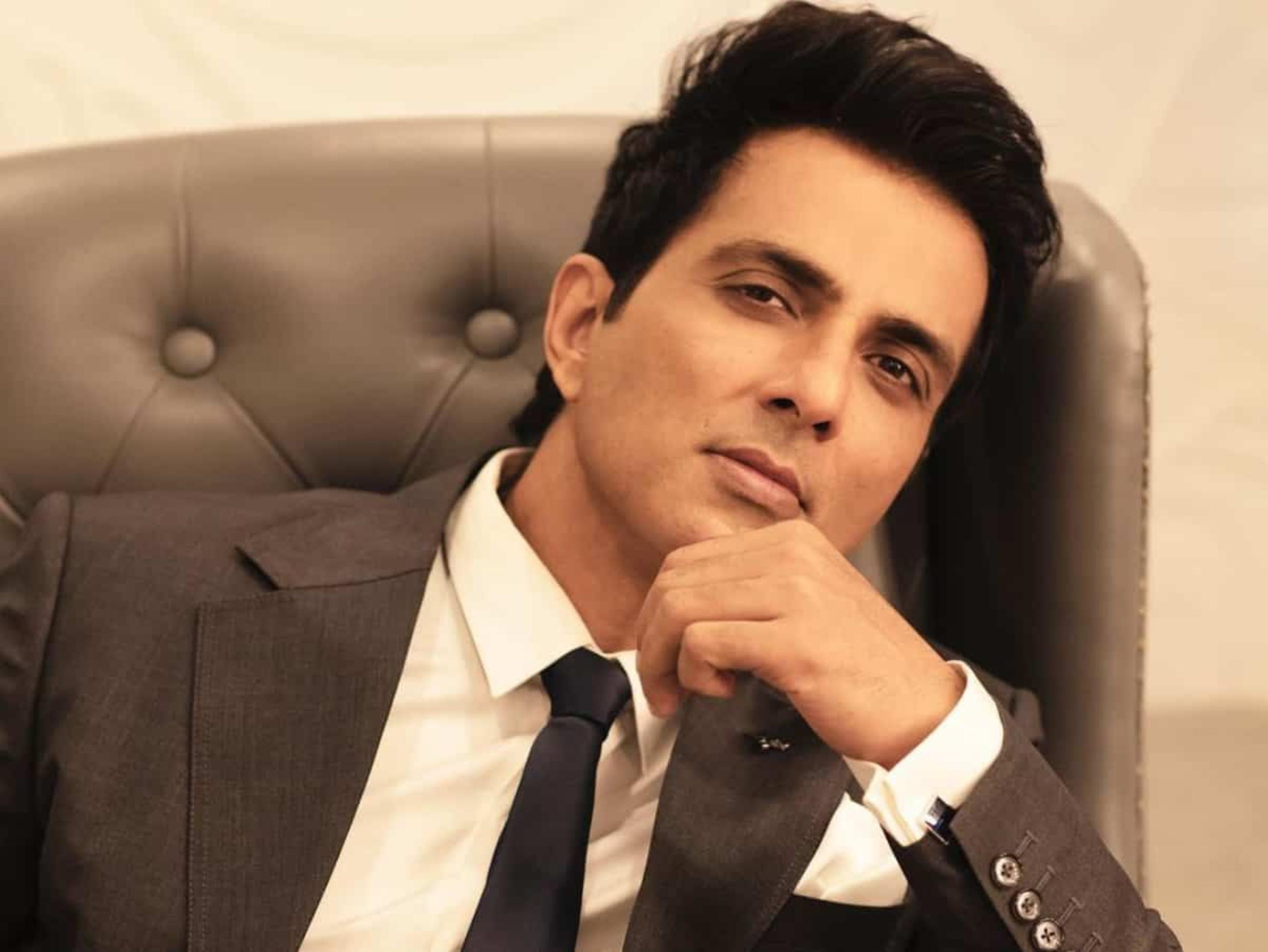 जिस मैगजीन ने सालों पहले सोनू सूद काे कर दिया था रिजेक्ट, आज उसी के कवर पेज पर छपा इंटरव्यू बॉलीवुड,Bollywood - Dainik Bhaskar