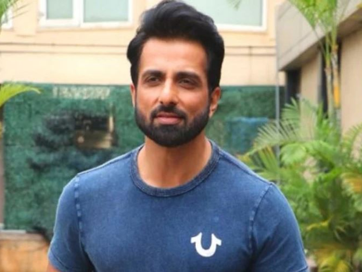 फैन ने सोनू सूद के नाम पर खोली मटन की दुकान, एक्टर का रिएक्शन आया सामने; बोले-मैं शाकाहारी हूं बॉलीवुड,Bollywood - Dainik Bhaskar