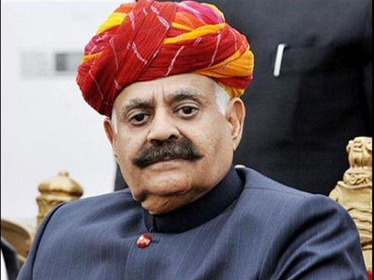 कोरोना संक्रमण के मामलों को लेकर अधिकारियों से पूरा ब्यौरा लेने के बाद प्रशासक वीपी सिंह बदनोर ने ये निर्देश जारी किए हैं। - Dainik Bhaskar