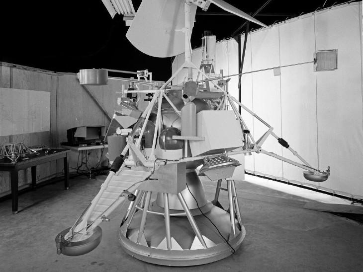 लॉन्च से पहले नासा द्वारा जारी की गई सर्वेयर-1 की फोटो।