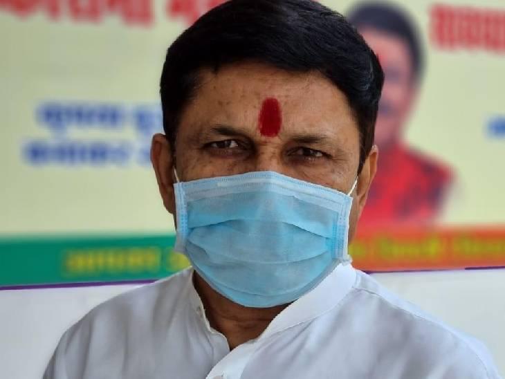 BJP विधायक ने CM को लिखा पत्र, कहा- कोरोना योद्धा का दर्जा मिले; लोगों का इलाज कर गांवों में संक्रमण काबू करने में मदद की|सतना,Satna - Dainik Bhaskar
