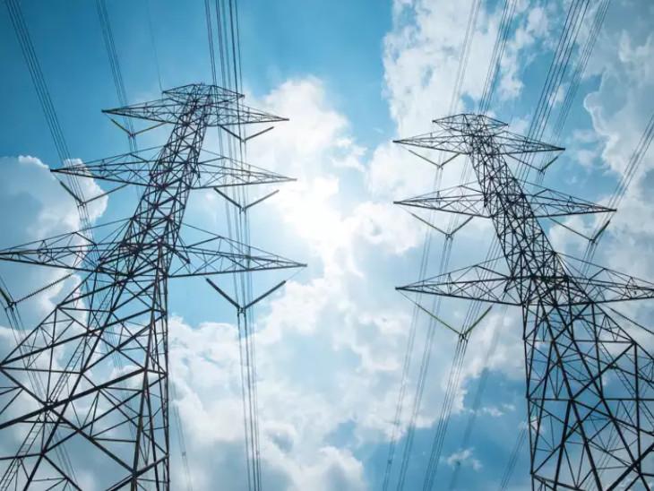 अप्रैल के मुकाबले मई में बिजली खपत में 6.4% की गिरावट, कमर्शियल-इंडस्ट्रियल मांग में कमी का दिखा असर|बिजनेस,Business - Dainik Bhaskar