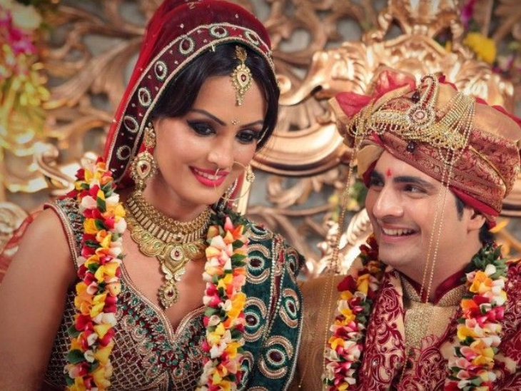 पहली नजर में निशा को दिल दे बैठे थे करण मेहरा, परिवार और दोस्तों के सामने फिल्मी अंदाज में किया था शादी के लिए प्रपोज|बॉलीवुड,Bollywood - Dainik Bhaskar