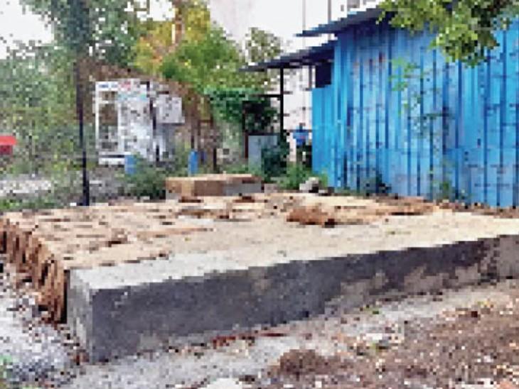 देवास ने 3 प्लांट बनाए रतलाम में भी पूरा, इंदौर में बड़े-बड़े दावों के बाद सिर्फ चबूतरा|इंदौर,Indore - Dainik Bhaskar