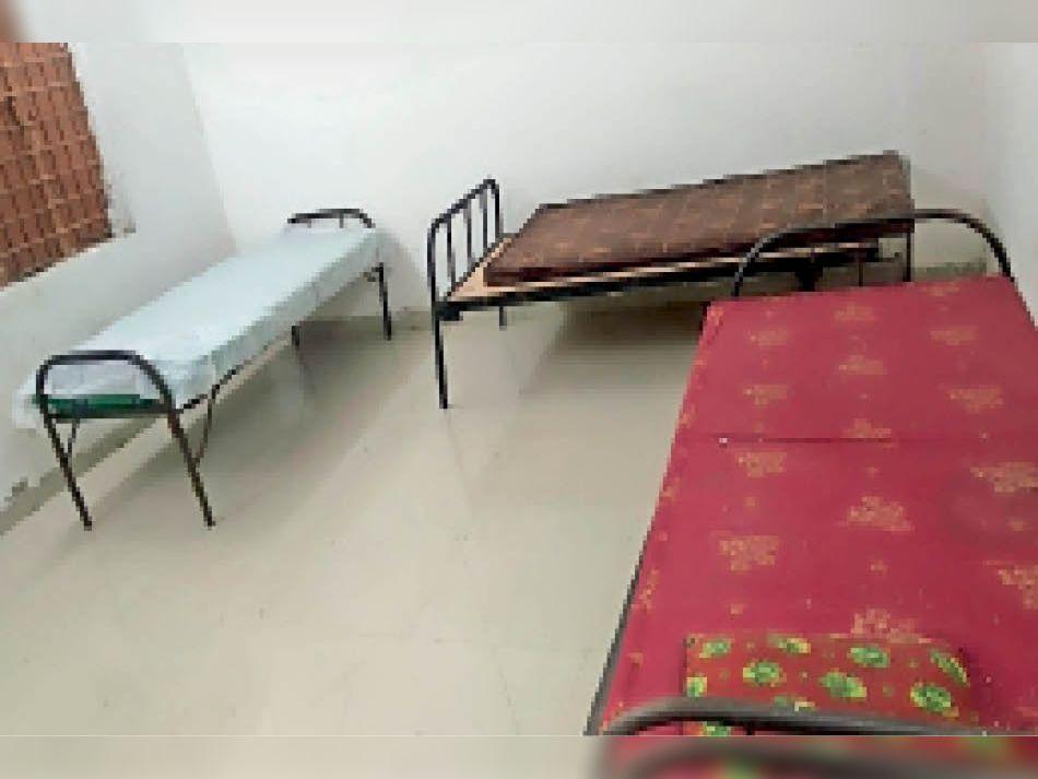 5 आइसोलेशन वार्ड में सभी 750 बेड खाली, एक्टिव केस 12 थे इनमें से 9 डिस्चार्ज, गुजरात और इंदौर में तीन भर्ती|आलीराजपुर,Aliraj Pur - Dainik Bhaskar