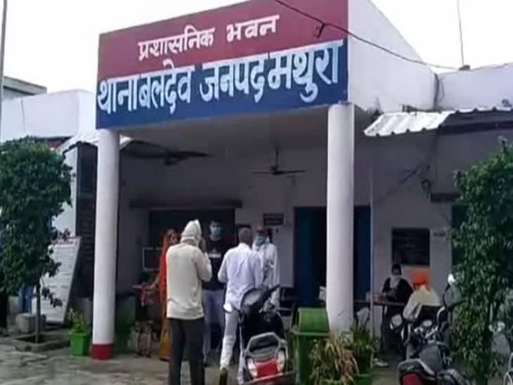 मथुरा में दो दिन पहले यमुना एक्सप्रेस वे बीयर से भरा ट्रक लूटने वाले तीन शातिर दबोचे गए मथुरा,Mathura - Dainik Bhaskar