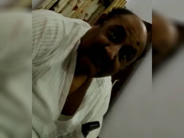 11 लाख रुपए की घूस लेते वीडियो वायरल, बाद में दबाव डालकर पैसे देने वालों से ही दिलवाई सफाई|रीवा,Rewa - Dainik Bhaskar