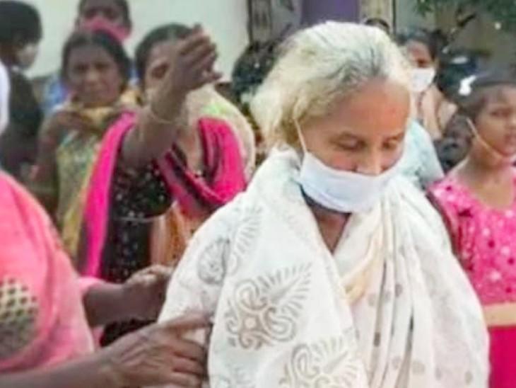 बुजुर्ग महिला को कोरोना से संक्रमित होने के बाद 12 मई को विजयवाड़ा के सरकारी अस्पताल में भर्ती कराया गया था। 15 मई को नर्स ने बताया कि उनका निधन हो गया। - Dainik Bhaskar
