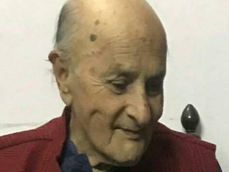 84 साल की उम्र में प्रेमधर पाठक ने दुनिया को कहा अलविदा, शाहजहांपुर में ली अंतिम सांस|कानपुर,Kanpur - Dainik Bhaskar
