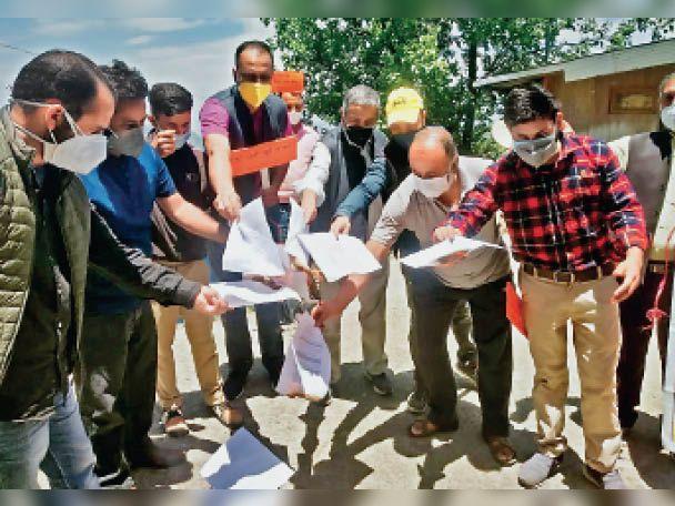 'केंद्र सरकार किसानों के प्रति उदासीन ही नहीं असंवेदनशील बनी'|शिमला,Shimla - Dainik Bhaskar