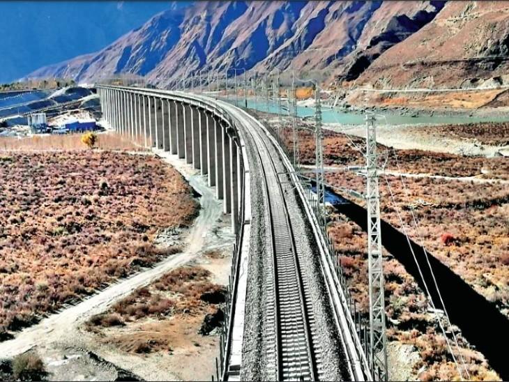 चीन की रेलवे लाइन ने बढ़ा दी भारत की चिंता, तिब्बत में 535 किमी लंबा प्रोजेक्ट|विदेश,International - Dainik Bhaskar