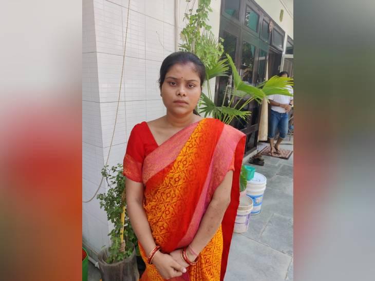 आगरा में हाई प्रोफाइल परिवार ने मारपीट कर बहू को घर से बाहर निकाला, 7 माह पहले हुई थी शादी|आगरा,Agra - Dainik Bhaskar