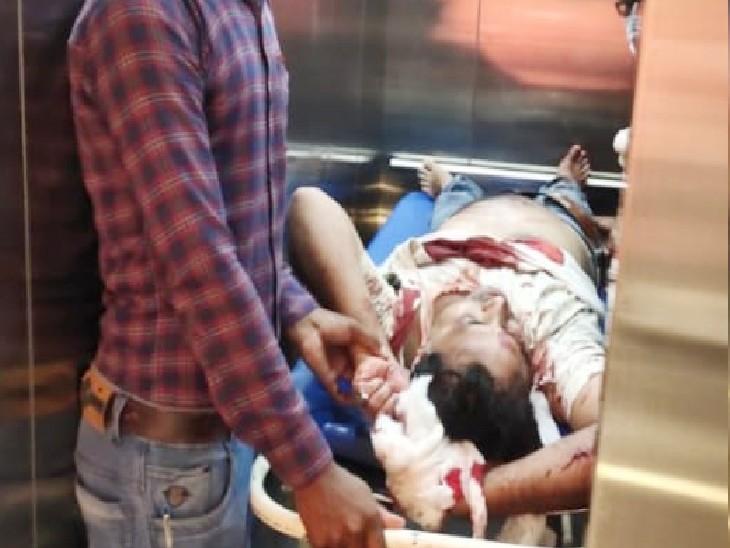बेगूसराय में बैंक से कैश निकाल कर घर लौट रहा था CSP संचालक, बदमाशों ने पहले गोली मारी फिर कैश लूटे; हालत गंभीर बेगूसराय,Begusarai - Dainik Bhaskar