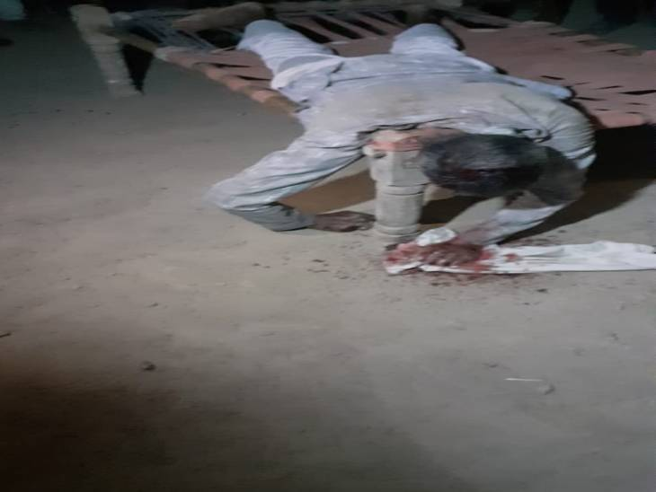माधुरी कुंड फार्म पर चौकीदार की हत्या से सनसनी ,पुलिस जांच में जुटी|मथुरा,Mathura - Dainik Bhaskar