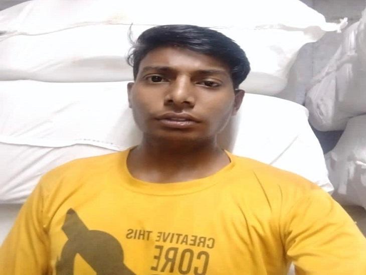 मां से बात कर रहे युवक से बाइक सवार बदमाशों ने झपटा मोबाइल, युवक ने बदमाशों को ईंट मारी, लेकिन चूक गया निशाना|पानीपत,Panipat - Dainik Bhaskar