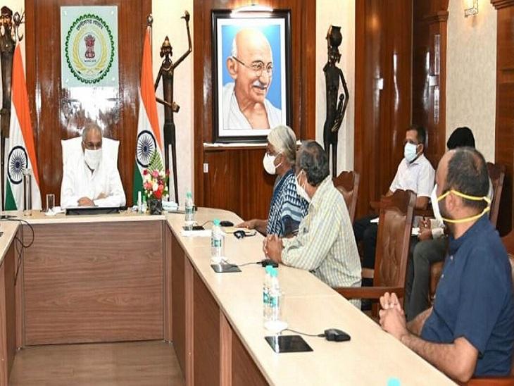 मुख्यमंत्री के पास पहुंचा सामाजिक कार्यकर्ताओं का दल, कहा- सिलगेर के ग्रामीण मिलना चाहते हैं, CM बोले- ठीक है रायपुर,Raipur - Dainik Bhaskar