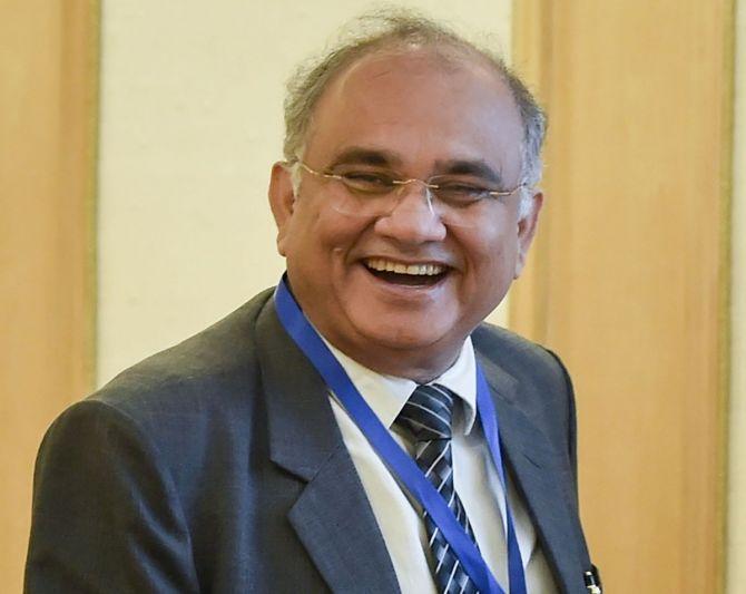 1984 बैच के रिटायर्ड IAS अनूप चंद्र पांडे बने नेशनल इलेक्शन कमिश्नर, इस पद पर पहुंचने वाले पंजाब यूनिवर्सिटी के दूसरे स्टूडेंट|चंडीगढ़,Chandigarh - Dainik Bhaskar