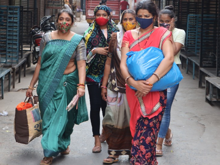 गुजरात ने 1 साल का प्रॉपर्टी टैक्स; बिजली चार्ज माफ किए, इंदौर के कारोबारी इन पर हर माह चुका रहे 40 करोड़|इंदौर,Indore - Dainik Bhaskar