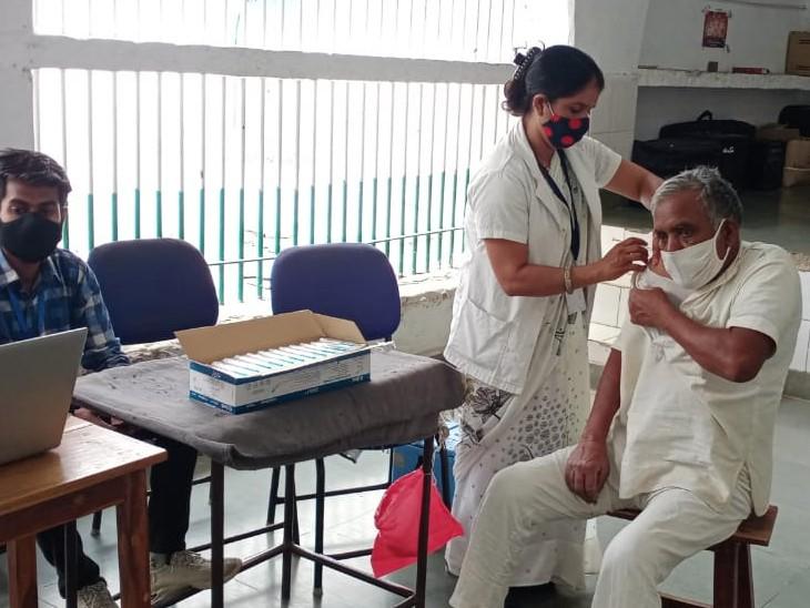 कोटा सेंट्रल जेल में सभी 1438 बंदियों को वैक्सीन की पहली डोज पूरी हो चुकी है - Dainik Bhaskar