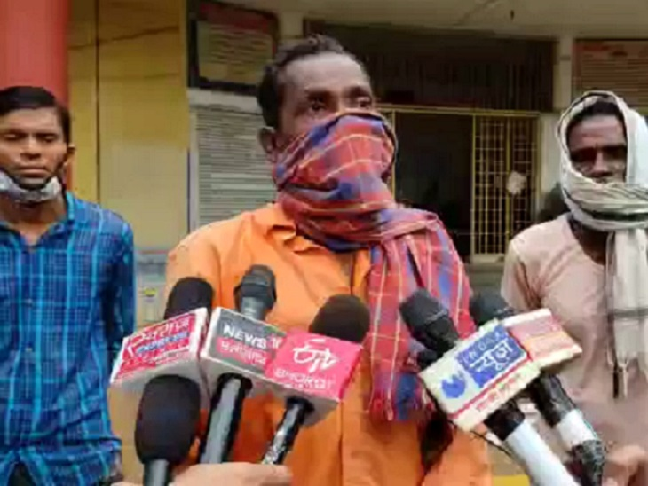 पांच बेटियों के साथ पत्नी ट्रेन से कटकर मर गई, पति नशे में सोता रहा, अब बोला- हम तो शराब पीते ही हैं, उसे सोचना चाहिए था छत्तीसगढ़,Chhattisgarh - Dainik Bhaskar