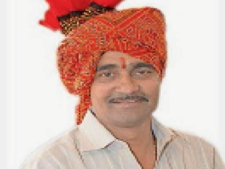 राजेंद्रसूरि बैंक घोटाले के मुख्य आरोपी सुरेश तांतेड़ को एसटीएफ ने पकड़ा, इंदौर में सपरिवार छिपा था|इंदौर,Indore - Dainik Bhaskar