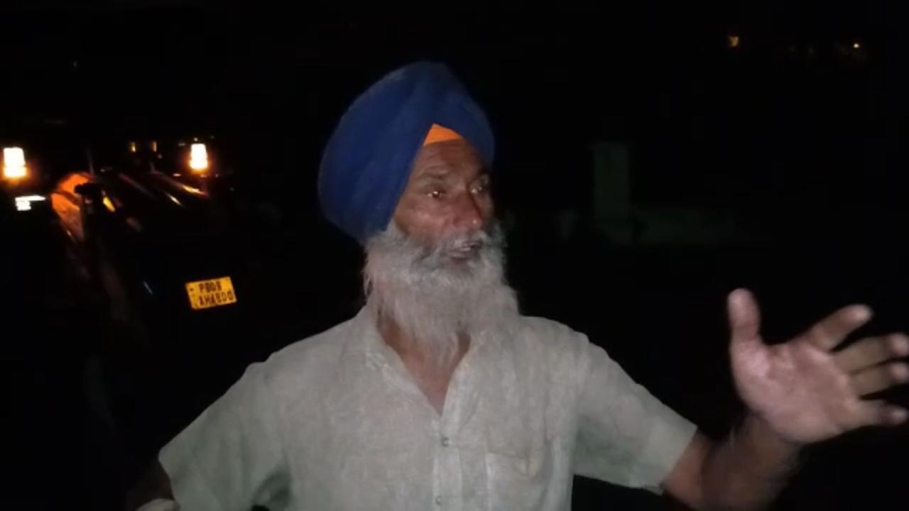 ट्रक ड्राइवर हरदेव सिंह घटना की जानकारी देता हुआ।