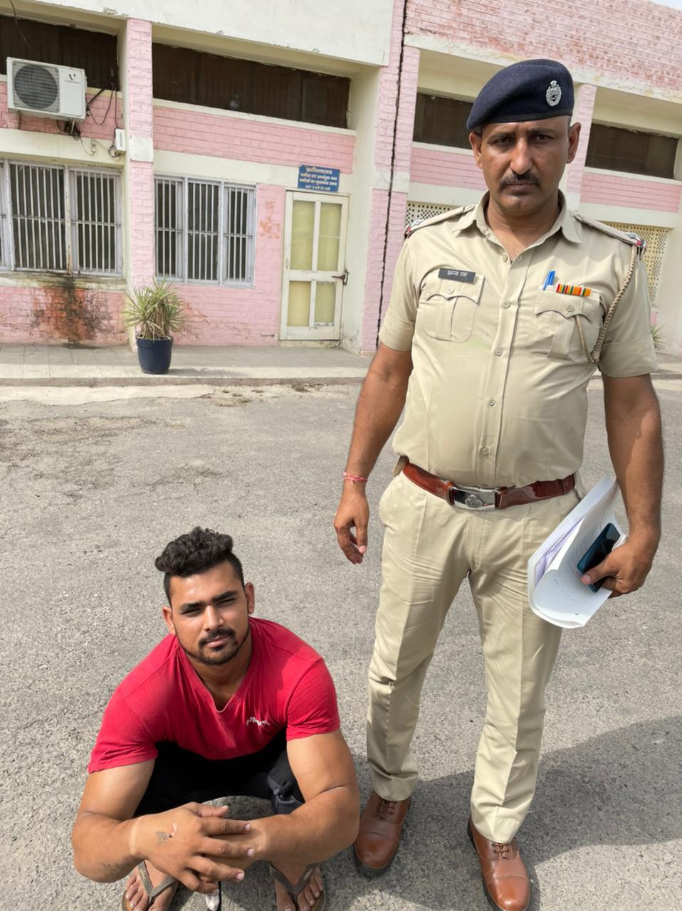 पिस्तौल व कारतूस लेकर आरोपी बनने चला था डॉन, लेकिन पहुंच गया जेल फरीदाबाद,Faridabad - Dainik Bhaskar