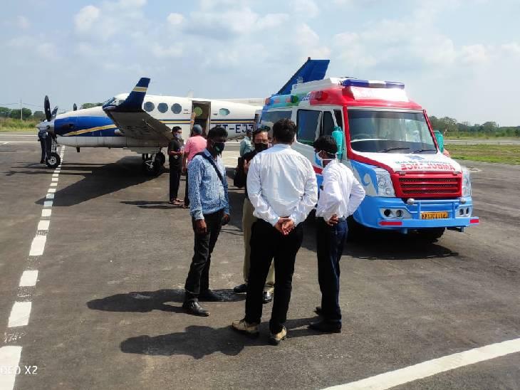 डेढ़ महीने से संजय गांधी अस्पताल में भर्ती जज को किया एयर लिफ्ट, परिजन ले गए दिल्ली रीवा,Rewa - Dainik Bhaskar