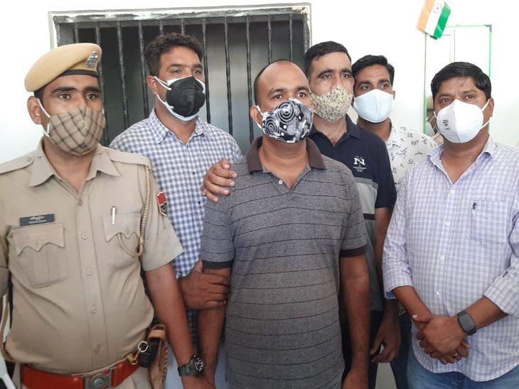 11 करोड़ की नशीली दवाओं के मामले में मुख्य आरोपी गिरफ्तार, जगह बदल कर पुलिस से बचता घूम रहा था|अजमेर,Ajmer - Dainik Bhaskar
