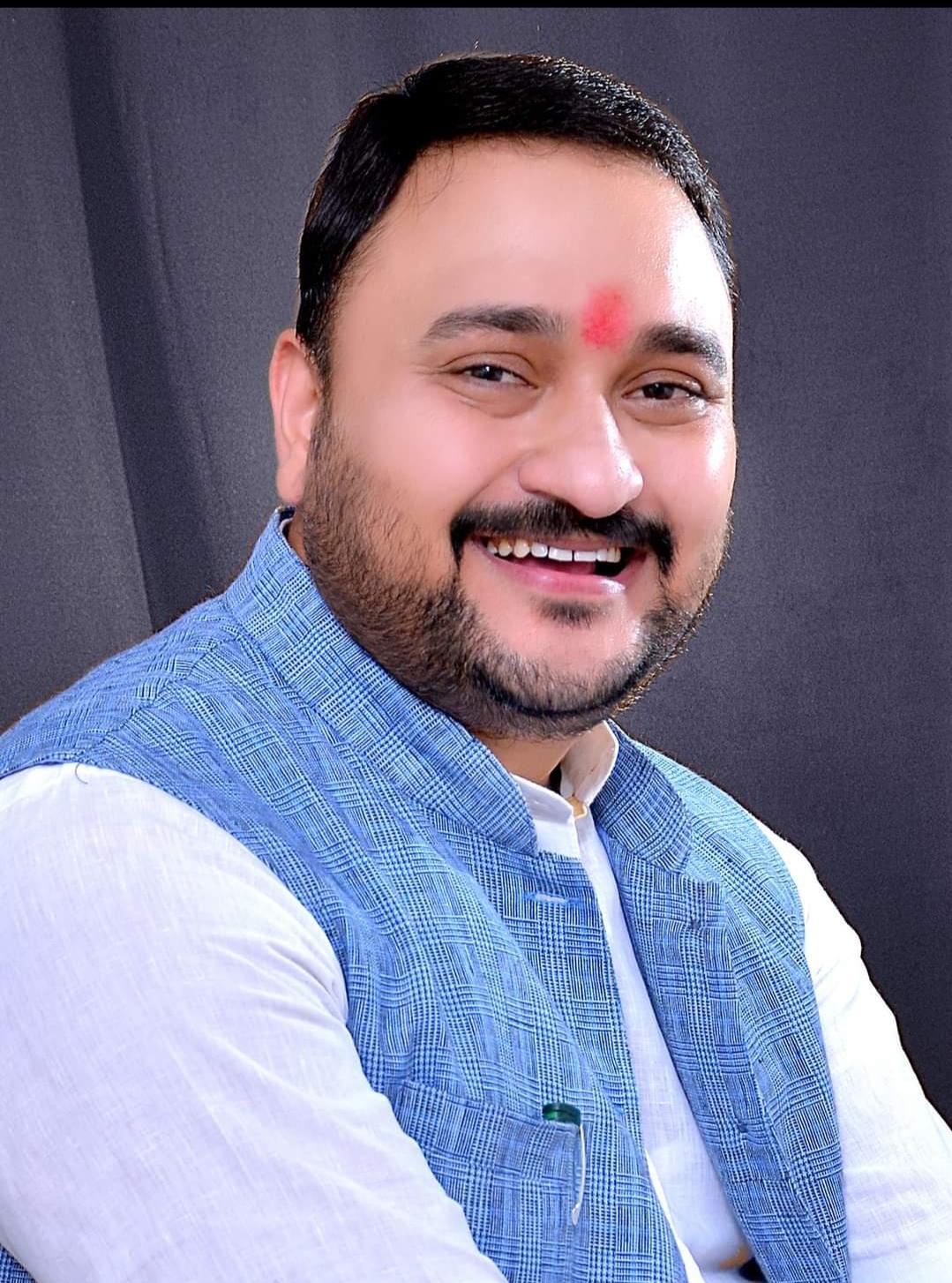 कानपुर में भाजपा नेता संदीप ने रसूख का इस्तेमाल करके खत्म कराई थी हिस्ट्रीशीट, सरकार ने दिए जांच के आदेश कानपुर,Kanpur - Dainik Bhaskar