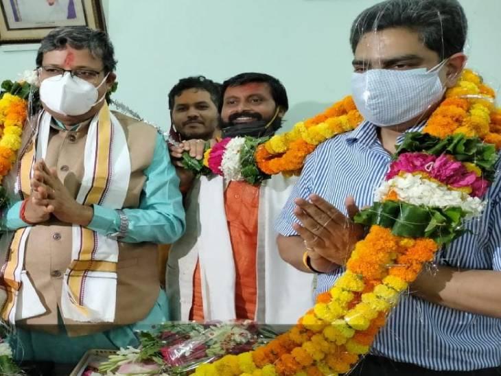 वाराणसी पहुंचे नए कुलपति बोले- संस्कृत विश्वविद्यालय में शुरू होंगे रोजगारपरक कोर्स, प्राचीन प्रबंधशास्त्र पर शुरू होगा नया पाठ्यक्रम लखनऊ,Lucknow - Dainik Bhaskar