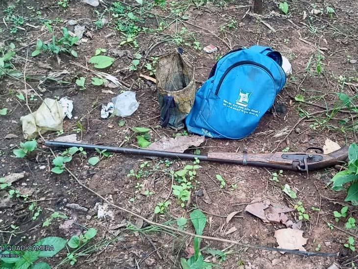 ग्रामीणों ने कहा- शिकार करने गए युवक को सुरक्षाबल के जवानों ने गोली मारी, SP ने कहा- जवानों पर युवक ने की थी देशी बंदूक से फायरिंग झारखंड,Jharkhand - Dainik Bhaskar