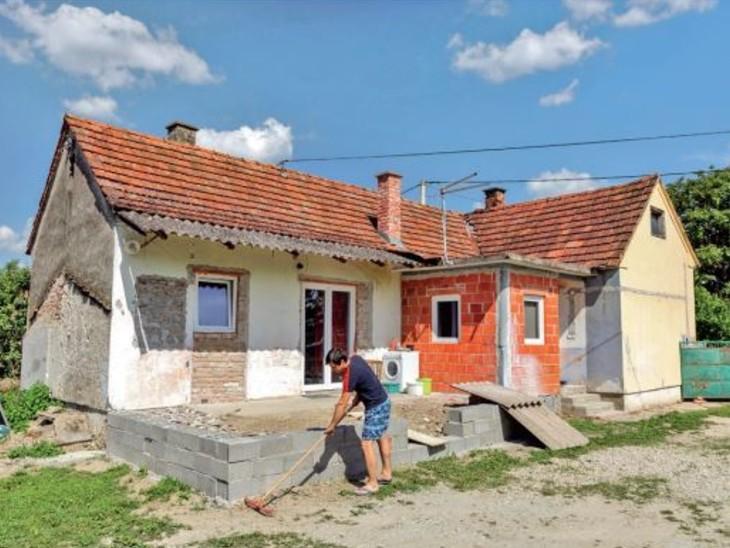 क्रोएशिया में आबादी बढ़ाने के लिए 12 रुपए में बिक रहे घर,15 साल का एग्रीमेंट अनिवार्य; 17 बिके विदेश,International - Dainik Bhaskar