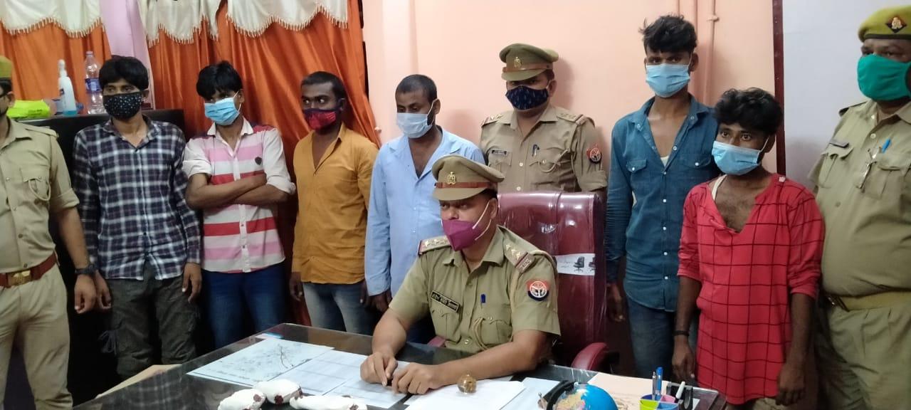 पुलिस मुठभेड़ में शातिर बदमाश मिथुन व उसके मामा सहित 6 बदमाश गिरफ्तार, बदमाशों ने की पुलिस पर फायरिंग|गोरखपुर,Gorakhpur - Dainik Bhaskar