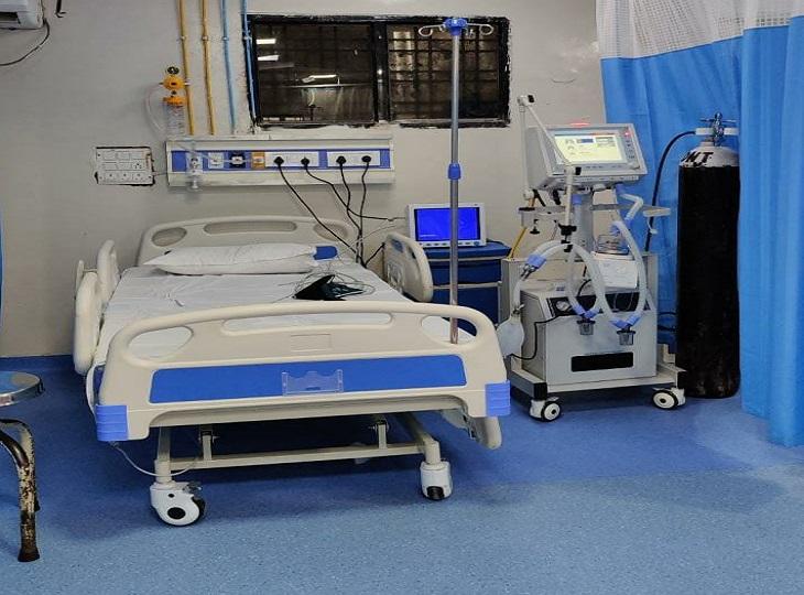 जिला अस्पताल के ग्राउंड फ्लोर में ही 16 बिस्तरों वाला सर्वसुविधायुक्त ICU भी बन कर तैयार हो गया है। सप्ताहभर के अंदर यह चालू हो जाएगा।