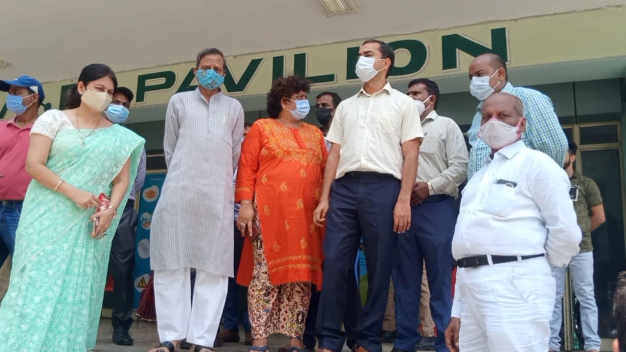 कानपुर के ग्रीन पार्क मेगावैक्सीनेशन कैंप में दिव्यांगों का सीधेहोगा वैक्सीनेशन कानपुर,Kanpur - Dainik Bhaskar