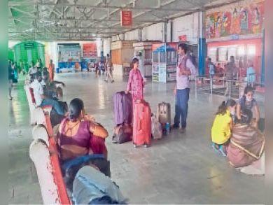 प्रत्येक रविवार कटरा के लिए गोरखपुर होकर चलेगी साप्ताहिक ट्रेन|सीवान,Siwan - Dainik Bhaskar