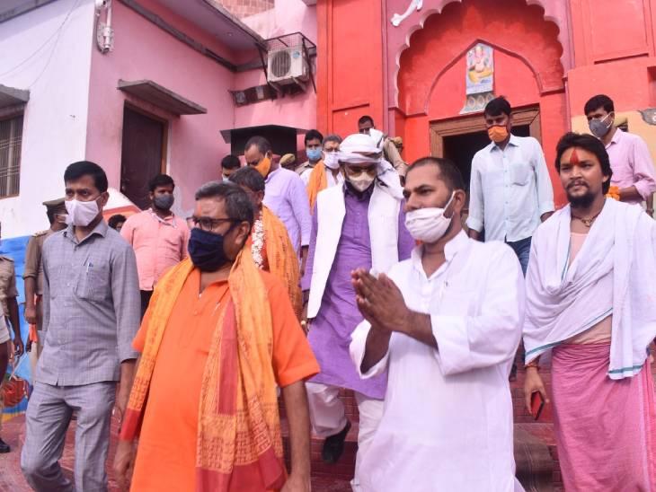 अयोध्या के प्रभारी मंत्री ने निर्माण कार्य की तेजी और गुणवत्ता पर ली जानकारी,दर्शन मार्गों को सुविधाजनक बनाने पर दिया जोर|अयोध्या,Ayodhya - Dainik Bhaskar