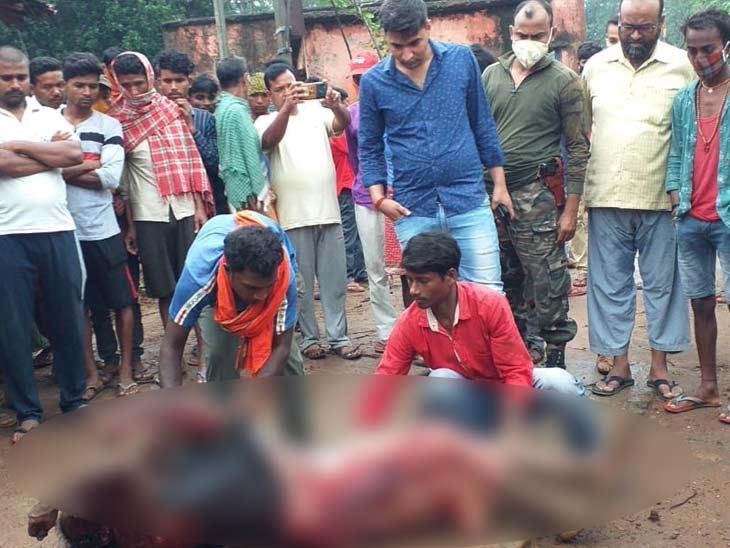 गर्दन पर तीन-चार बार धारदार हथियार से वार के मिले निशान, रात गांजा पीने निकला था घर से बाहर झारखंड,Jharkhand - Dainik Bhaskar