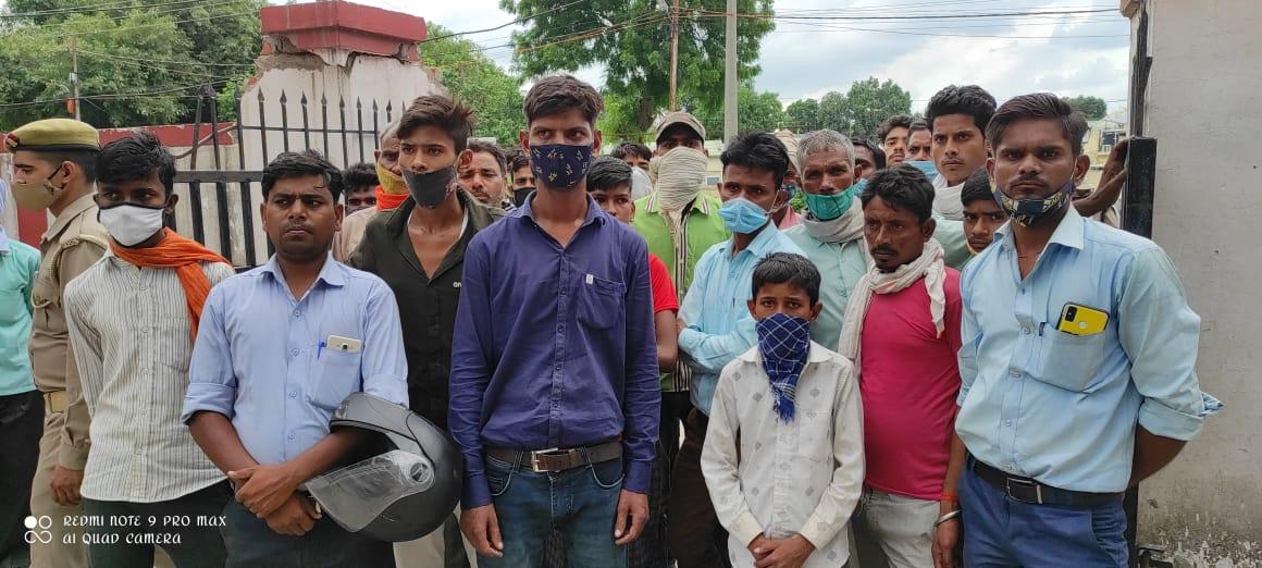 नाले में युवक को तब तक दबाए रखा, जब तक टूट नहीं गईं सांसें, जेब से मिले आधारकार्ड से हुई शिनाख्त|बरेली,Bareilly - Dainik Bhaskar