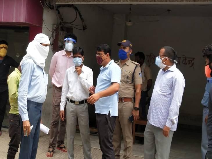 न्यायिक मजिस्ट्रेट महेन्द्र सिंह उइके पहुंचे अस्पताल।