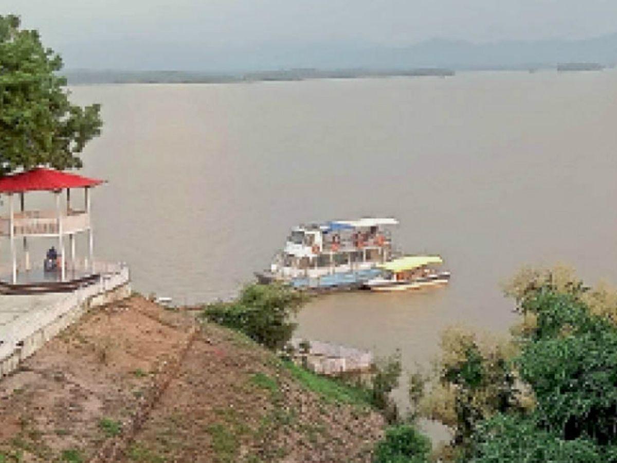 डैम में तेजी से पानी का बढ़ रहा जलस्तर, दो दिन में 2.8 फीट बढ़ा पानी|होशंगाबाद,Hoshangabad - Dainik Bhaskar