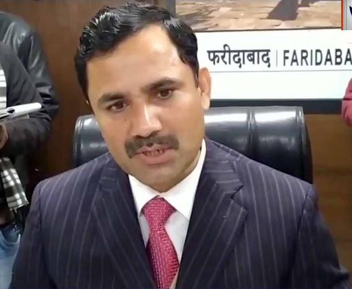 फरीदाबाद। जिला निर्वाचन अधिकारी यशपाल ने 60 पंचायत समिति के वार्ड बंदी करने की सिफारिश की है। - Dainik Bhaskar