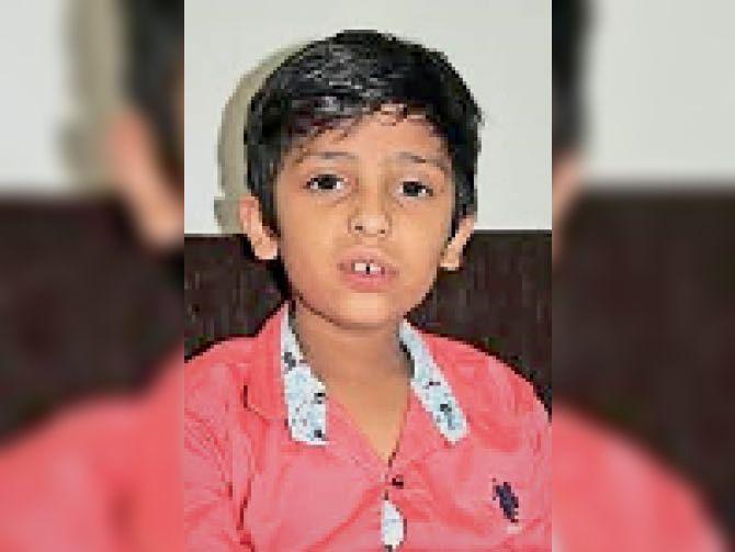 बिलासपुर जिला कोर्ट में विराट की गवाही, जज ने अपने बाजू में बिठाया, सभी अपहर्ताओं को पहचाना बिलासपुर,Bilaspur - Dainik Bhaskar