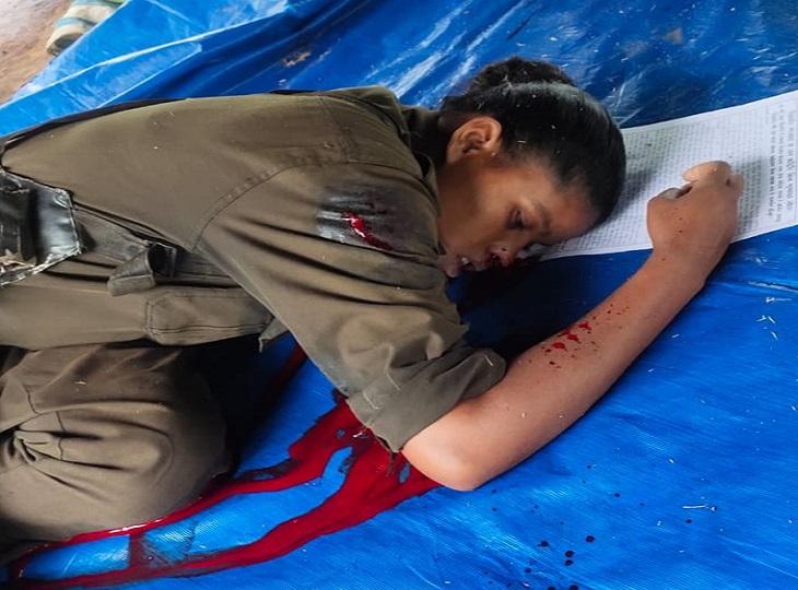 जगदलपुर की DRG टीम के साथ कांगेर घाटी एरिया कमेटी के नक्सलियों की मुठभेड़ हुई है। मुठभेड़ में जवानों ने एक महिला नक्सली को मार गिराया है। - Dainik Bhaskar