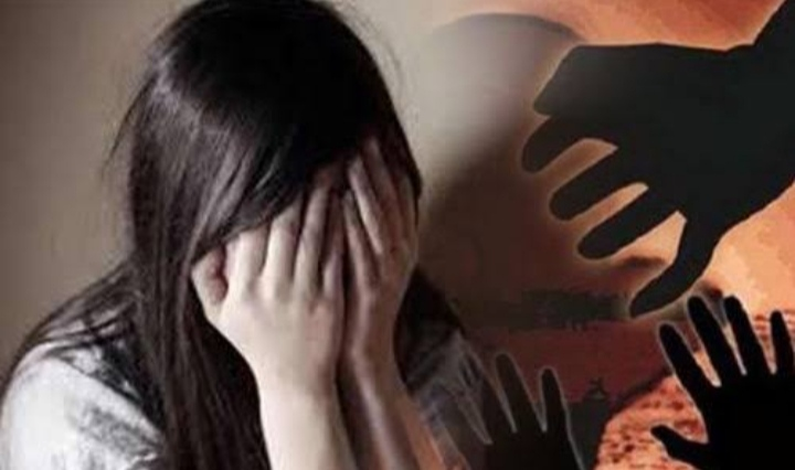 बाजार गया था युवक, घर में घुसकर की छेड़छाड़, बच्चे को जान से मारने की धमकी देकर दुष्कर्म किया; FIR|ग्वालियर,Gwalior - Dainik Bhaskar