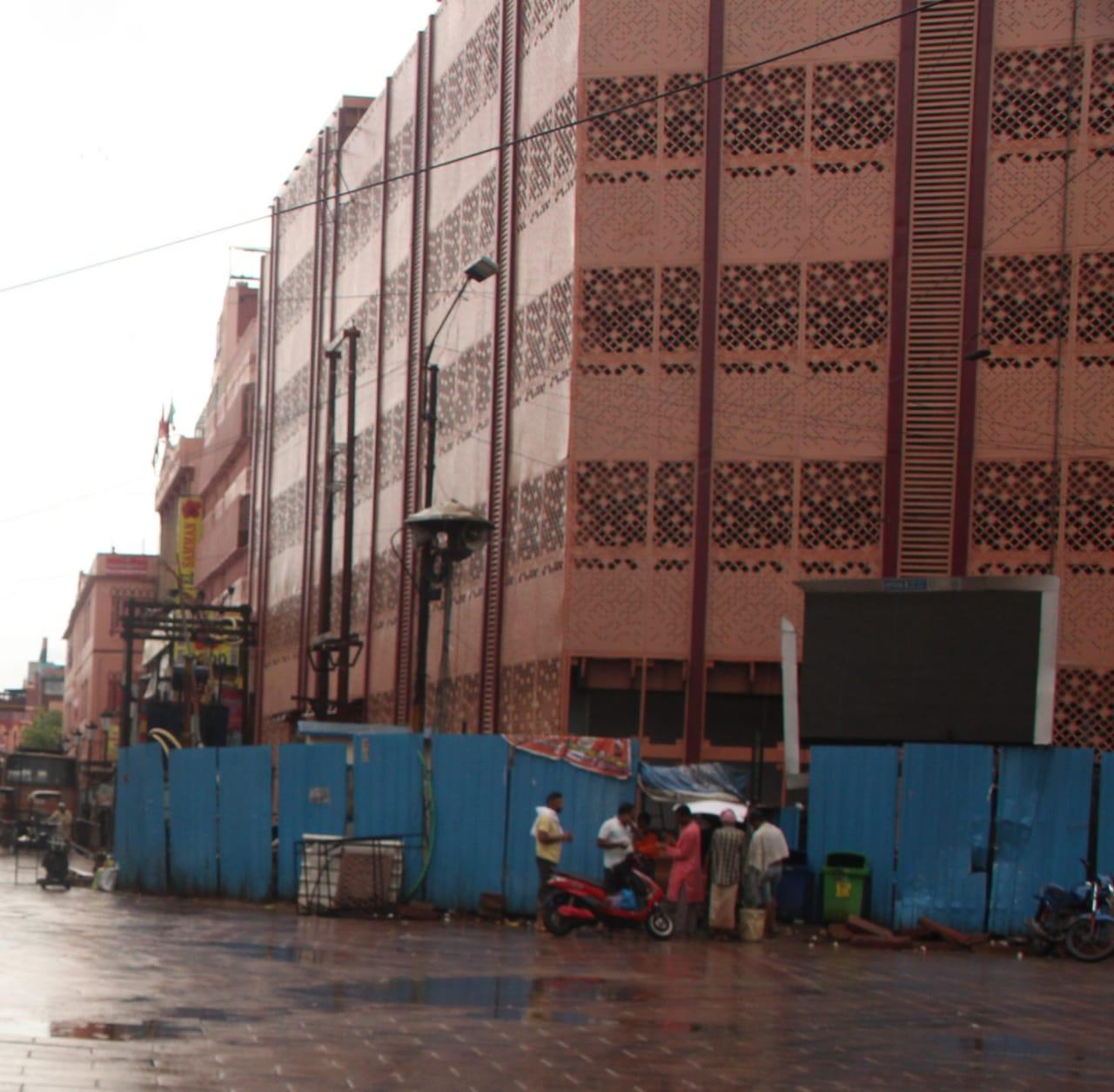 30 नवंबर से शहर के बीचों-बीच मिलेगी पार्किंग की सुविधा, 1025 टू-व्हीलर व 550 फोर-व्हीलर हो सकेंगे पार्क|वाराणसी,Varanasi - Dainik Bhaskar